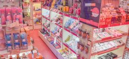 ピンクザウルス1号店の1日をVlogにしてみた